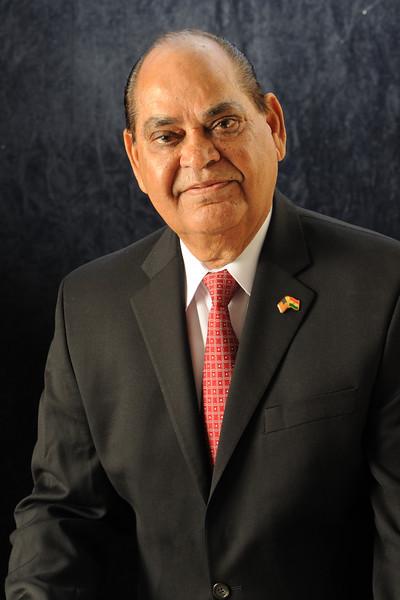 Lal K.Motwani KINGofQUEENS