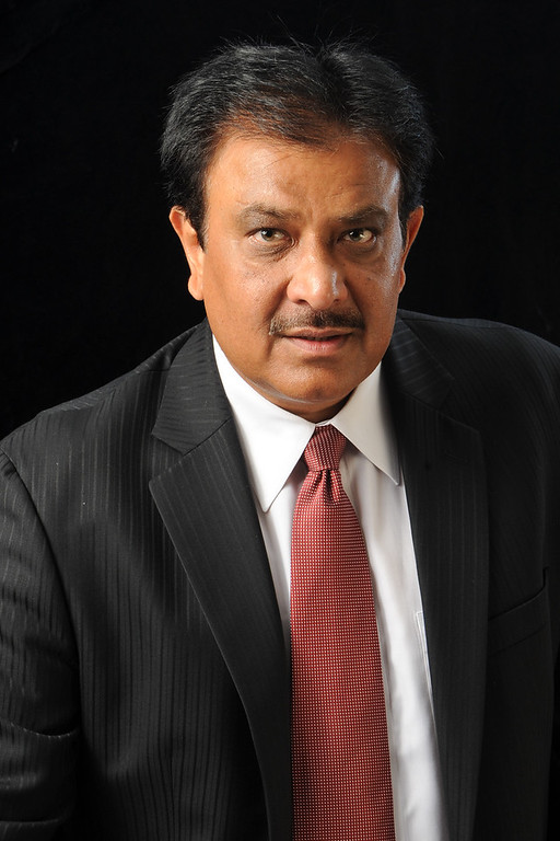 Mihir B. Patel KINGofQUEENS