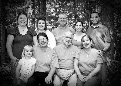 Lear Family Reunion posed