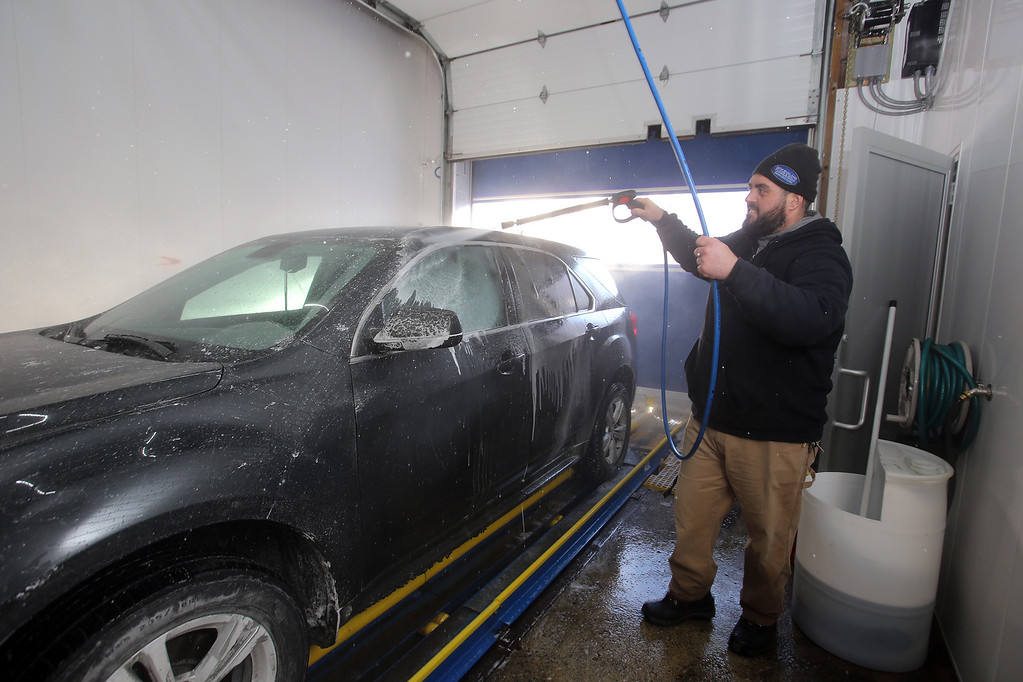 PHOTOS: Lowell car wash in winter - The Sun (Lowell)