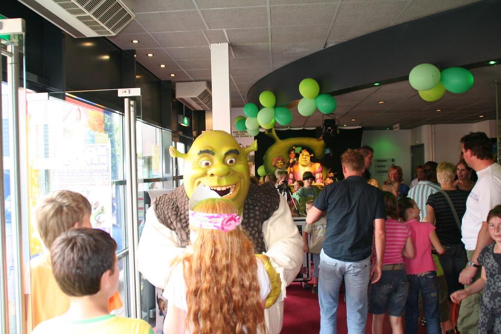 Shrek VP 20-6-07 002