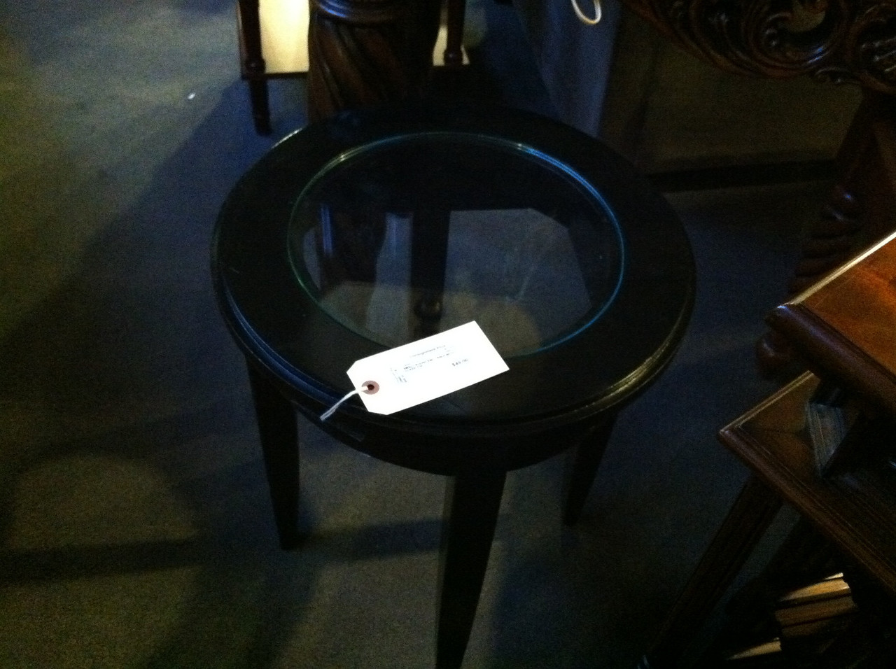 Black version of end table.
