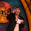 Tom Arnold tries 3d glasses