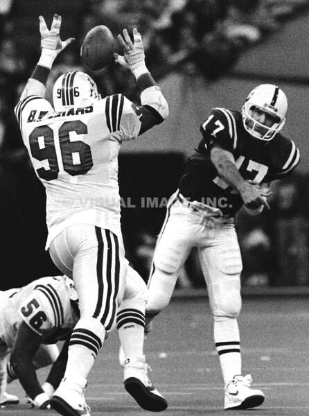 Chris Chandler/Indianapolis Colts; Brent Williams/New England Patriots