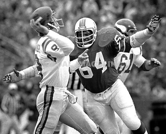 big sale 5a02b a1e82 NFL - 1975 to 1991 - Visual Image, Inc. - Tom and Anna Croke