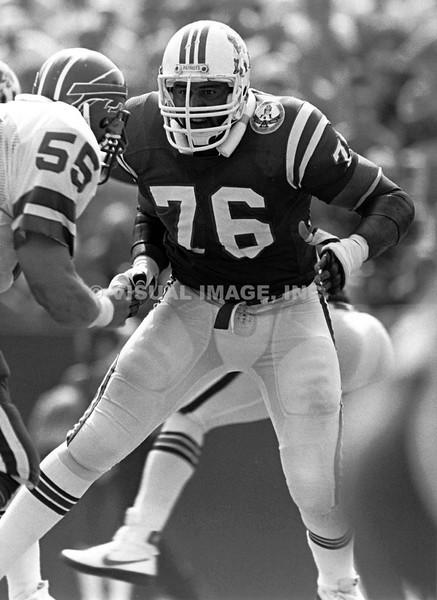 Brian Holloway - New England Patriots