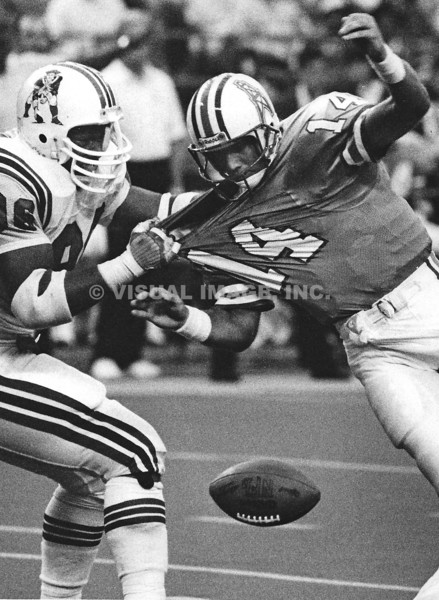 Brent Williams - New England Patriots    Cody Carlson - Houston Oilers