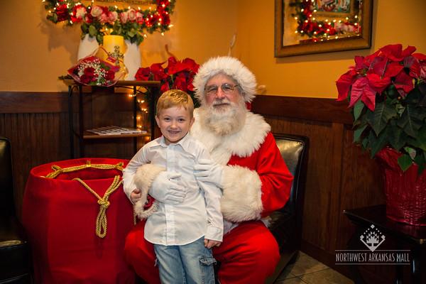NWA Mall Breakfast with Santa
