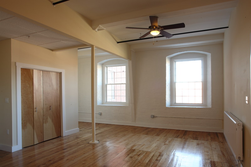 North Dam Mill apartments - Living Room / dining room.