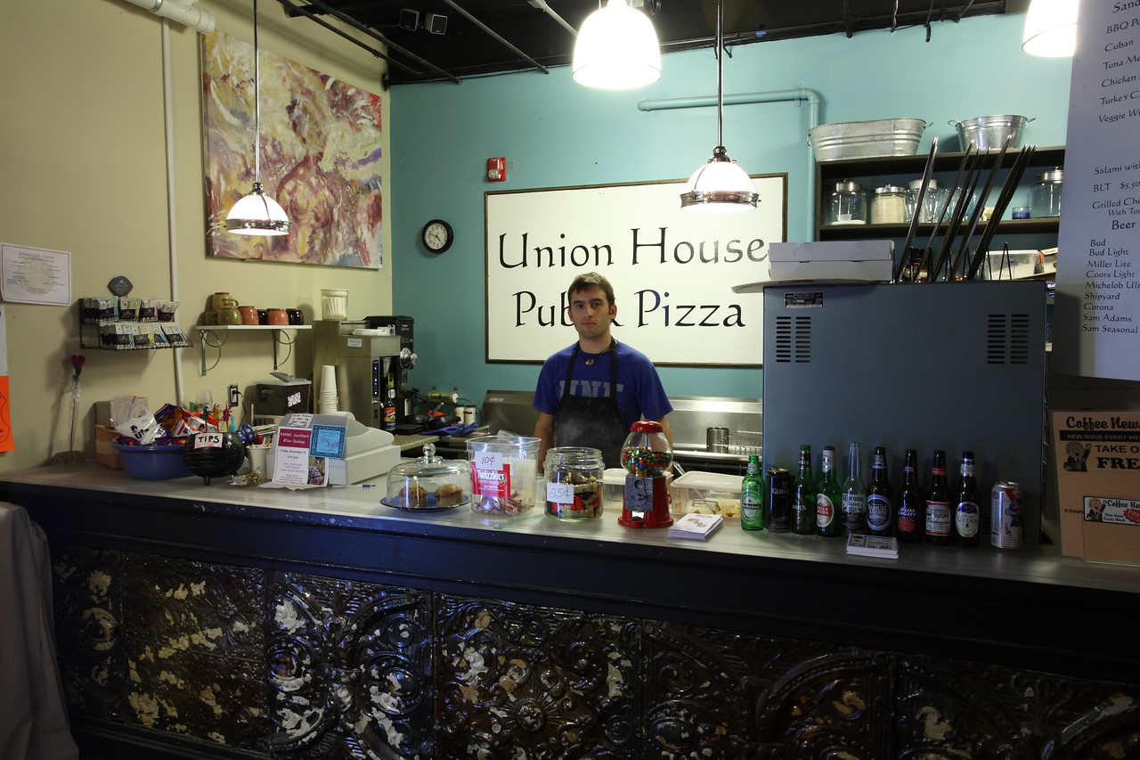 Union House Pub and Pizza counter