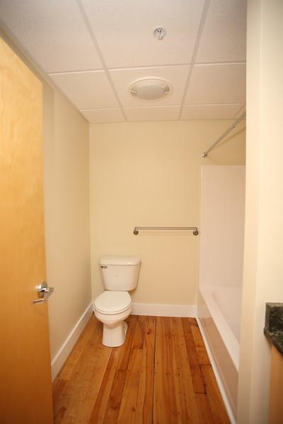 North Dam Mill apartments - Bathroom.
