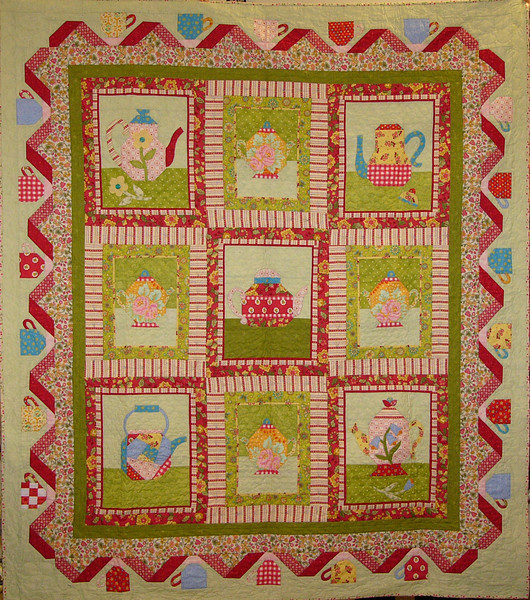 Sweet Tea quilt by Rhondi Mullins<br /> <br /> kit,pattern and class available