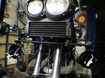 the light bar connected to the bike and ready to be wire.