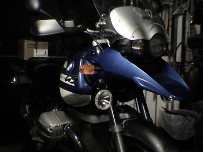 the carbon tubes can be cut to any lenght and located from really close(next almost under the fender) to about 30'' apart ,if is to far they will vibrate(torque) on the axis