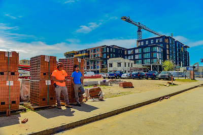 At the four corners of construction