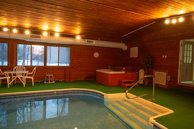 indoor pool and jacuzzi-2