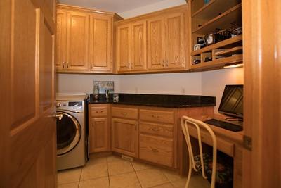 Laundry room-0444