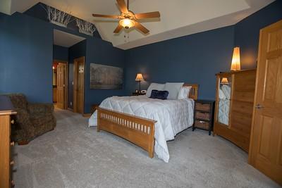 Master bedroom-0423