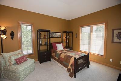 Bedroom 2-0450