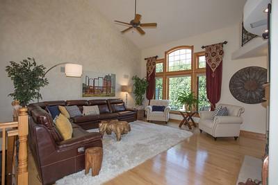 Living room w-0407