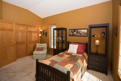 Bedroom 2-0452