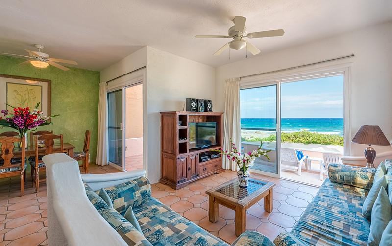 Casa Del Mar - Living Room