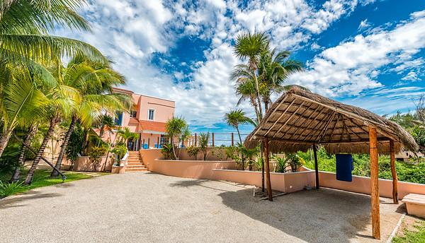Casa del Mar - Driveway Entrance