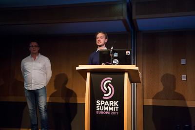 Spark251017-188