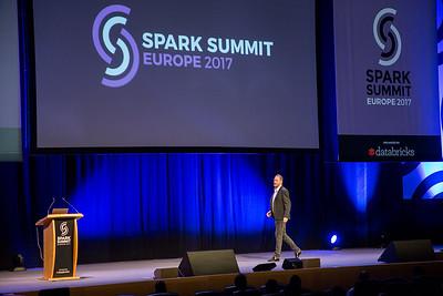 Spark261017-19