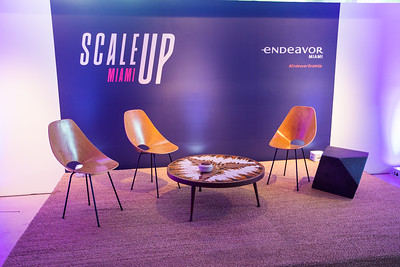 Endeavor Miami Scale UP-218