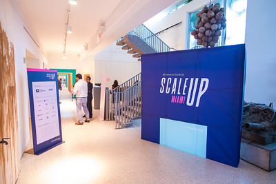 Endeavor Miami Scale UP-216