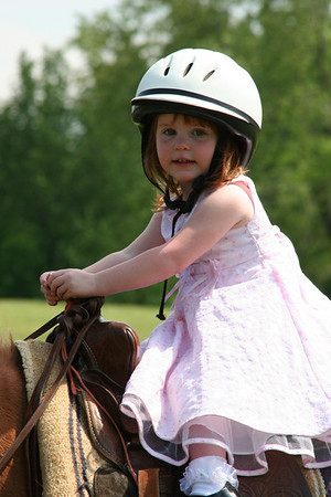 Lindsay on pony