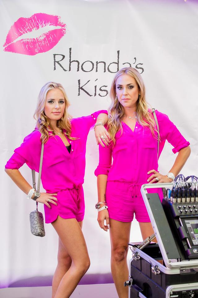 RhondasKiss_5D3A-5512-Edit