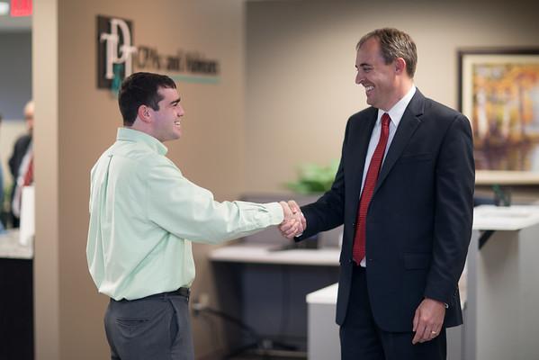 Handshake Ft Desk