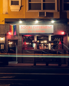 Social Experiment Bar and Kitchen