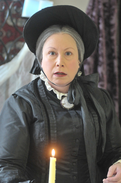 Tom Dugan Plays - Michele Tauber as Mary Lincoln in The Ghosts of Mary Lincoln - PROOFS