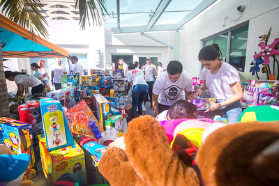 12-19-17 UHealth Alexs Place Project Toy-201