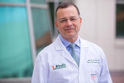12-18-17 UHealth Dr Levi Spinal Tumor Story-100