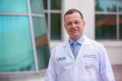 12-18-17 UHealth Dr Levi Spinal Tumor Story-101