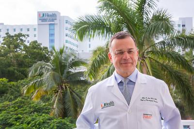 12-18-17 UHealth Dr Levi Spinal Tumor Story-109