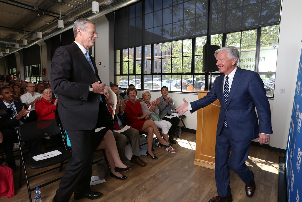 . Gov. Charlie Baker attends opening ceremony and ribbon-cutting for the UMass Lowell Fabric Discovery Center at 110 Canal. Baker is introduced by UMass president Marty Meehan. (SUN/Julia Malakie)