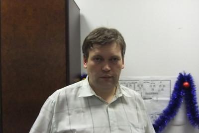 2010-12-28, In the office of Vladimir Fariseev at KK12