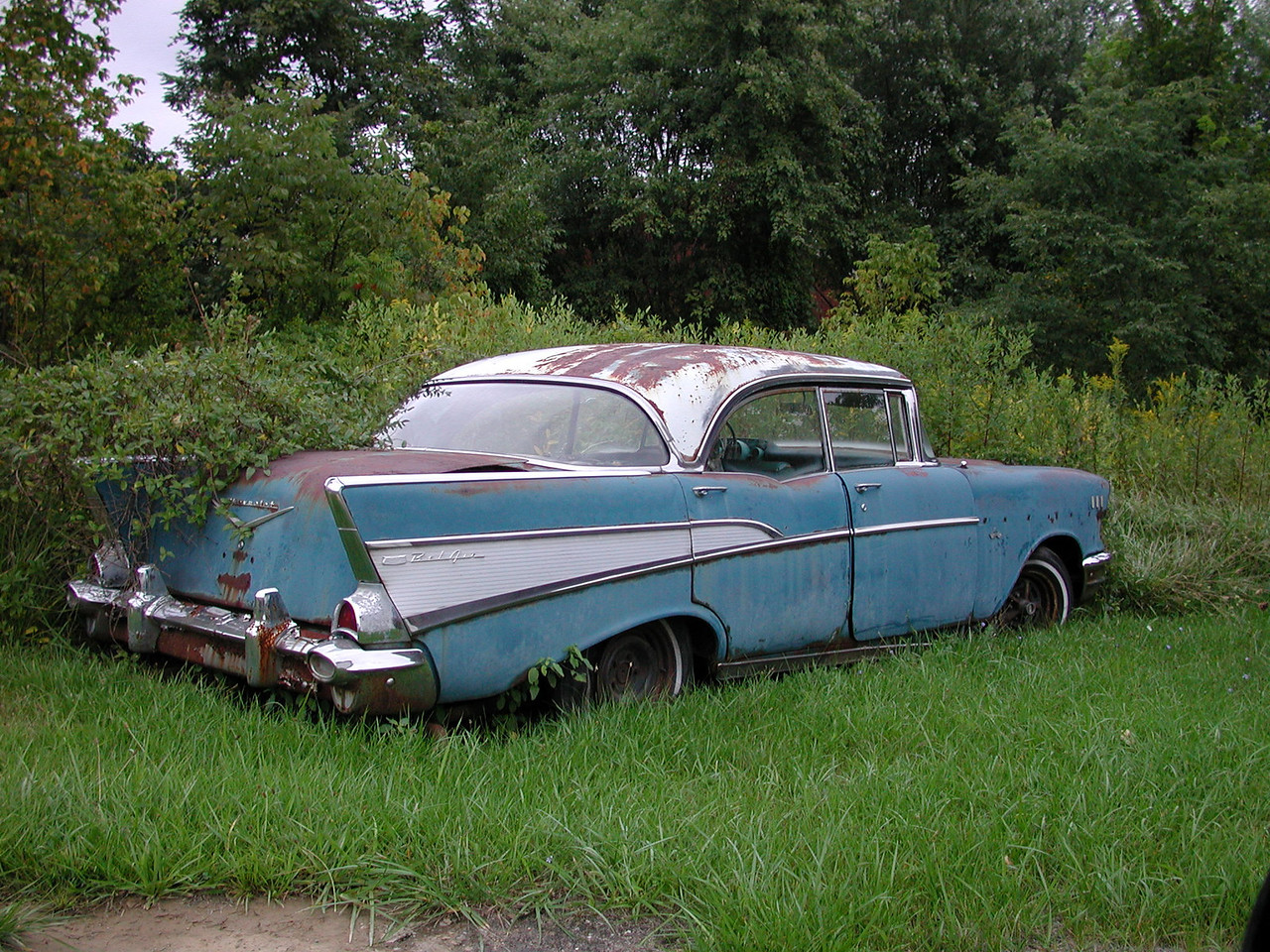 In Romney, I saw an old '57 Chevy just rustin' away.