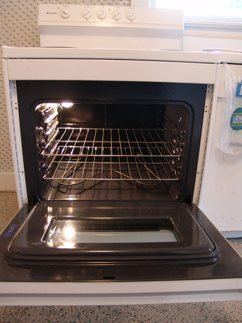 Oven, New.