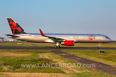 JetMagic 757-200 - 9H-AVM - BNE