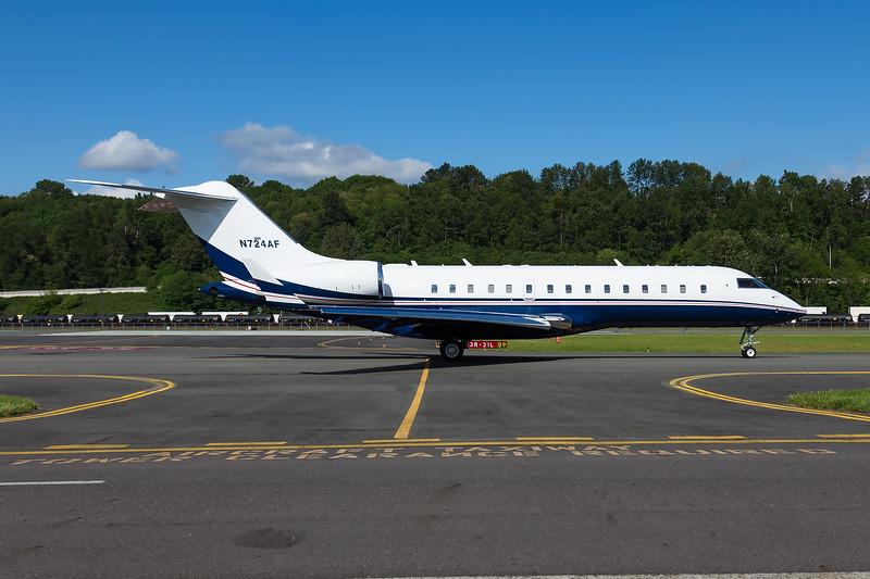Vulcan Aircraft Bombardier Global Express BD-700-1A10 - N724AF - BFI