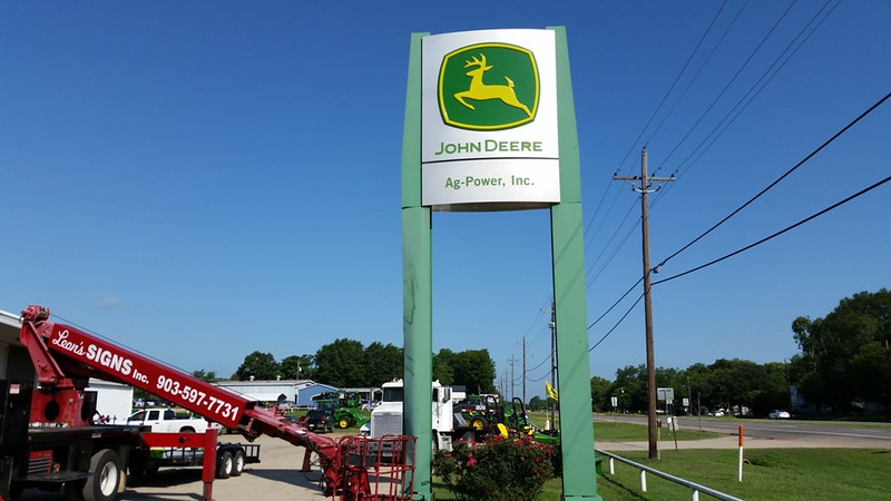 RECEIVE & INSTALL NEW ALUMINUM CLADDING FOR POLE STRUCTURE AT JOHN DEERE IN MINEOLA, TEXAS