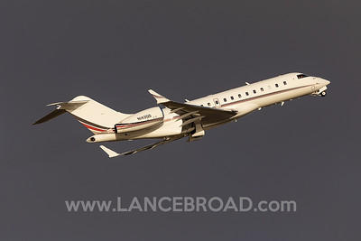 Netjets Global 6000 - N143QS - SYD