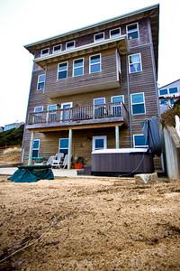 Anna's Cabana Clink Link for more info below:  http://www.cottagesbythebeach.com/annas_cabana.html Tell her Jonny sent you for a Duiscount