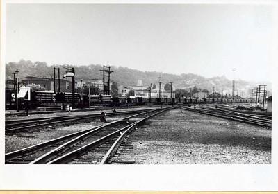 Train Load of Cast Iron Pipe Leaving Glamorgan (08034)